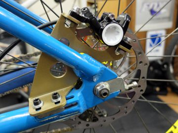 オールド3D RACINGにMAGURA MT4を付ける件