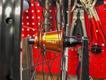 カスタマイズホイールで、ホイール剛性と駆動効率をアップグレード!