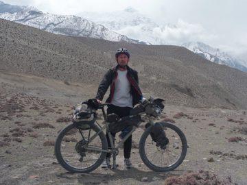 バイクパッキングツアー in ネパール