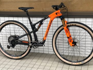 こんなん納車しました!2019 Rocky Mountain ELEMENT C90 XCO Edition