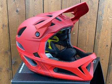 2020 Troy Lee Designsヘルメット入荷中!