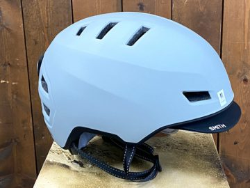 こんなんいかがでしょ? 2021 SMITH EXPRESSヘルメット